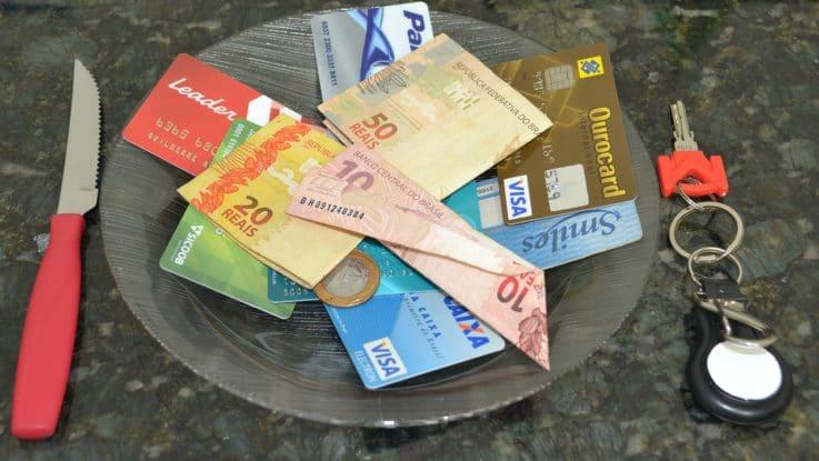 Kostenlose Bargeld abheben mit Girocard und Kreditkarte