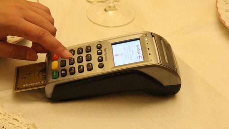 EU reduziert Gebühren für Kreditkartenzahlungen